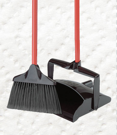 Brooms/Mops/Brushes